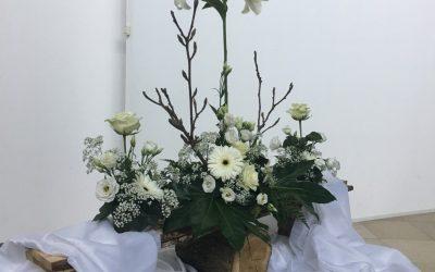 Liturgische bloemschikking 40-dagentijd en Pasen 2019