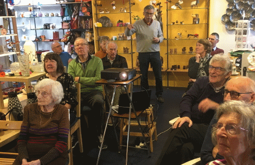 Koffiemorgen 50+ bezocht Wereldwinkel
